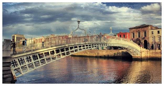 ha__penny_bridge__dublin_by_pajunen-d59k91o